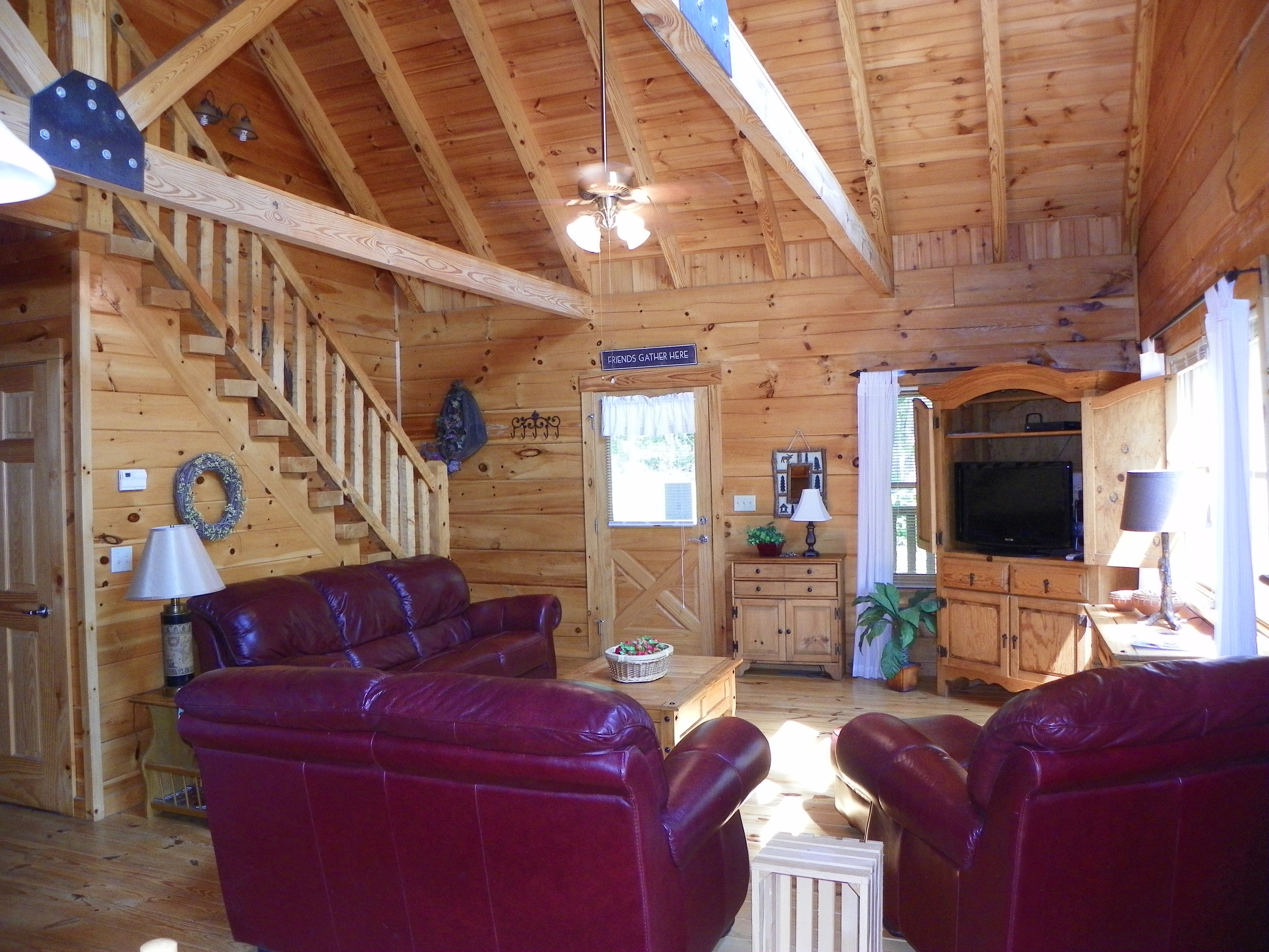 Laurel Bluff living room staircase