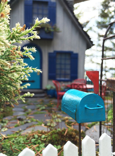 miniature-garden-mailbox.jpg