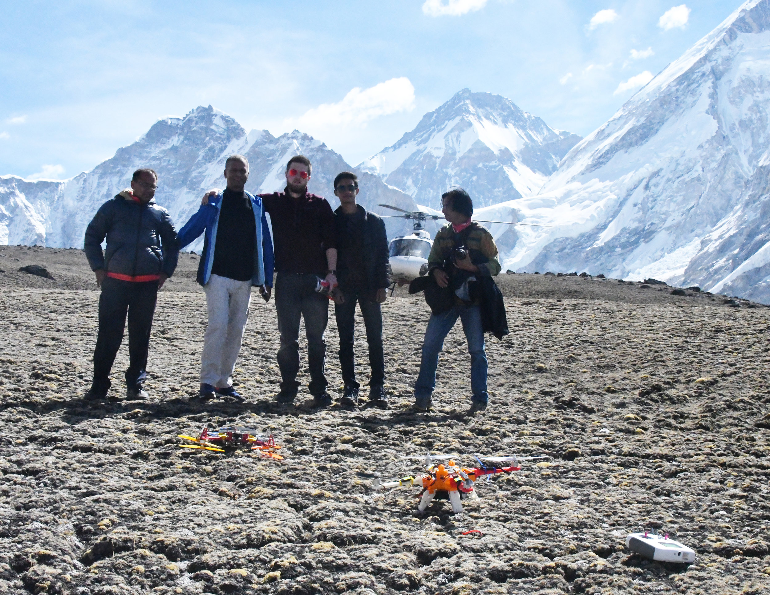 mck nepal 2017 kala patthar team on site DSC_2645.jpg