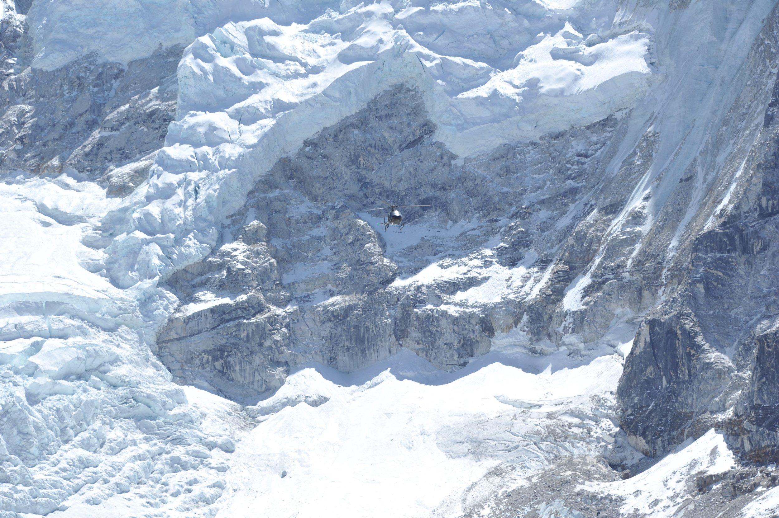 mck nepal 2016 helo over glacier DSC_6931.jpg