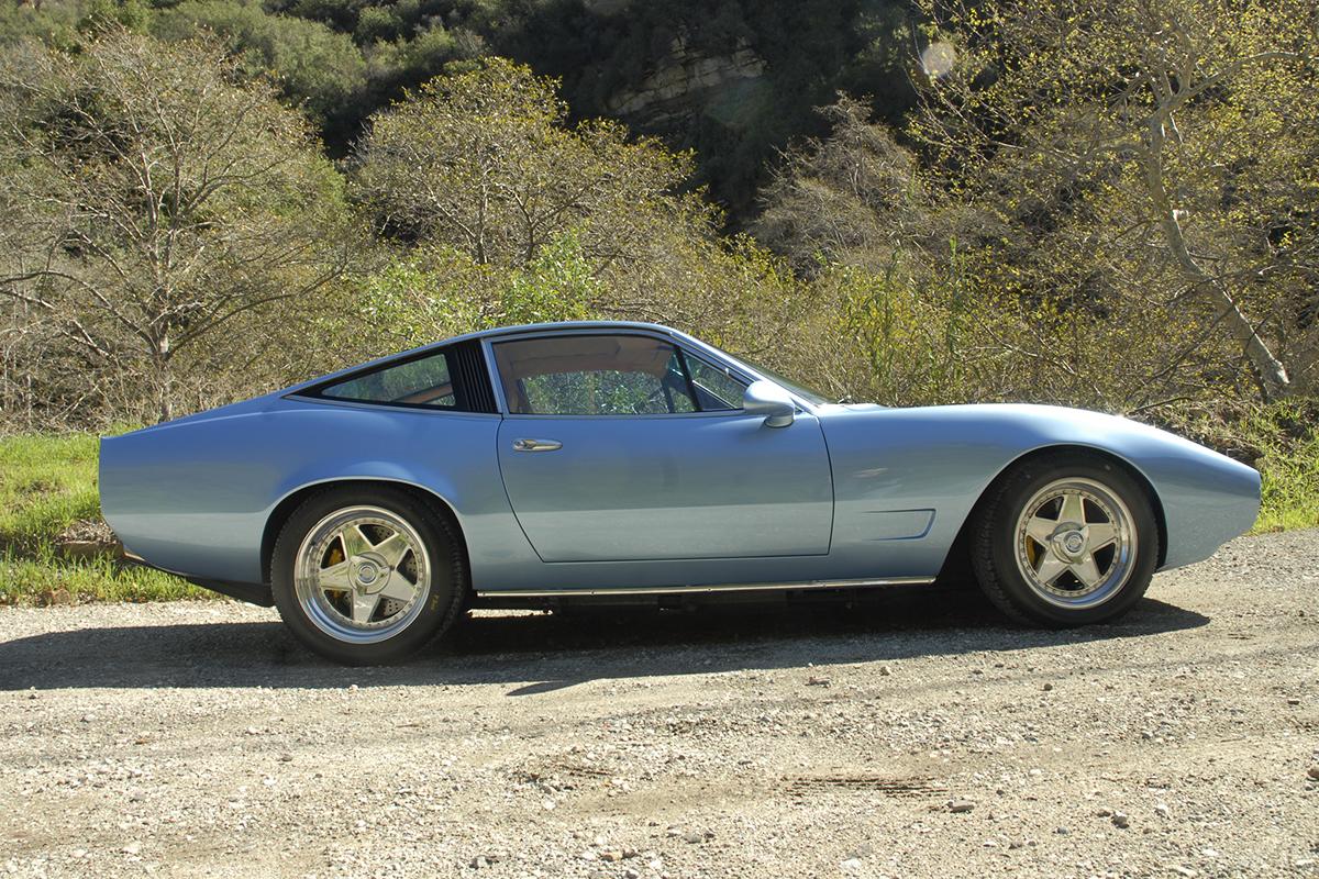 Ferrari 365 GTC/4 Restomod