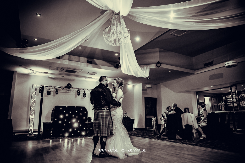 White Cherrie, Scottish, Natural, Wedding Photographer, Alison & Colin preview-51.jpg