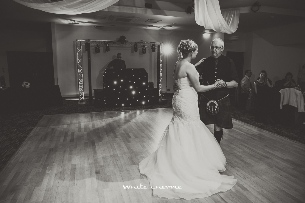 White Cherrie, Scottish, Natural, Wedding Photographer, Alison & Colin preview-53.jpg