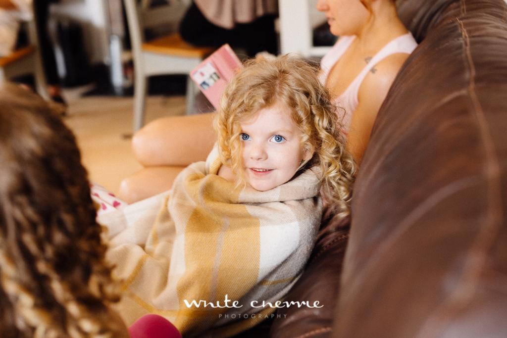 White Cherrie, Edinburgh, Natural, Wedding Photographer, Megan & Davy previews-5.jpg