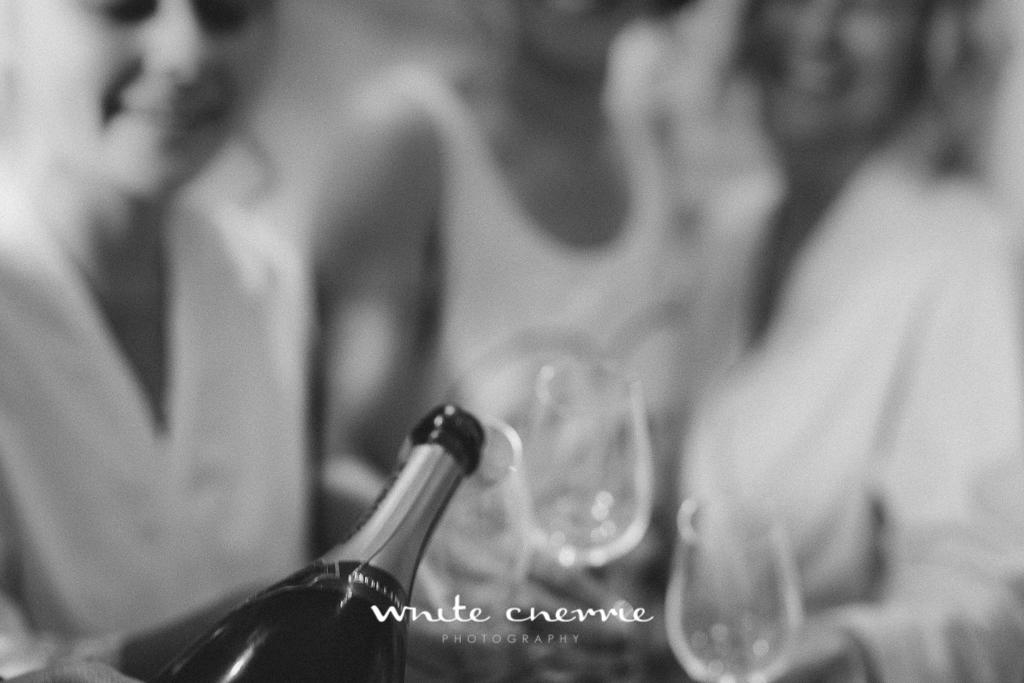 White Cherrie, Edinburgh, Natural, Wedding Photographer, Megan & Davy previews-7.jpg