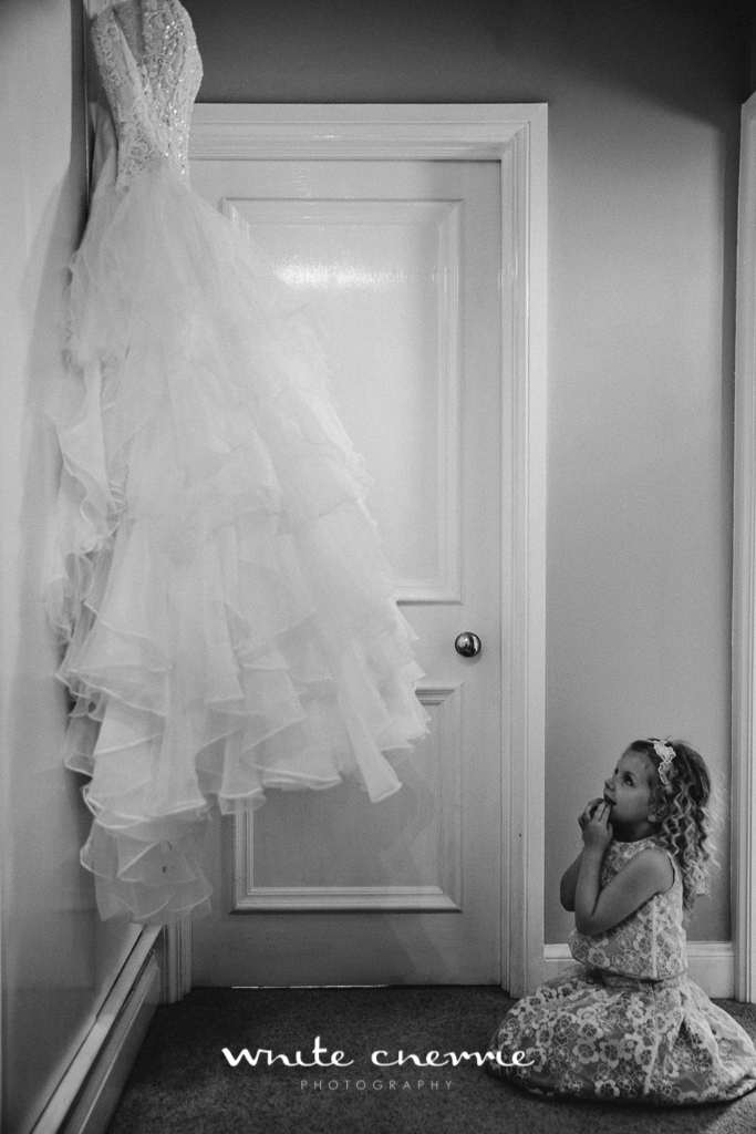 White Cherrie, Edinburgh, Natural, Wedding Photographer, Megan & Davy previews-15.jpg