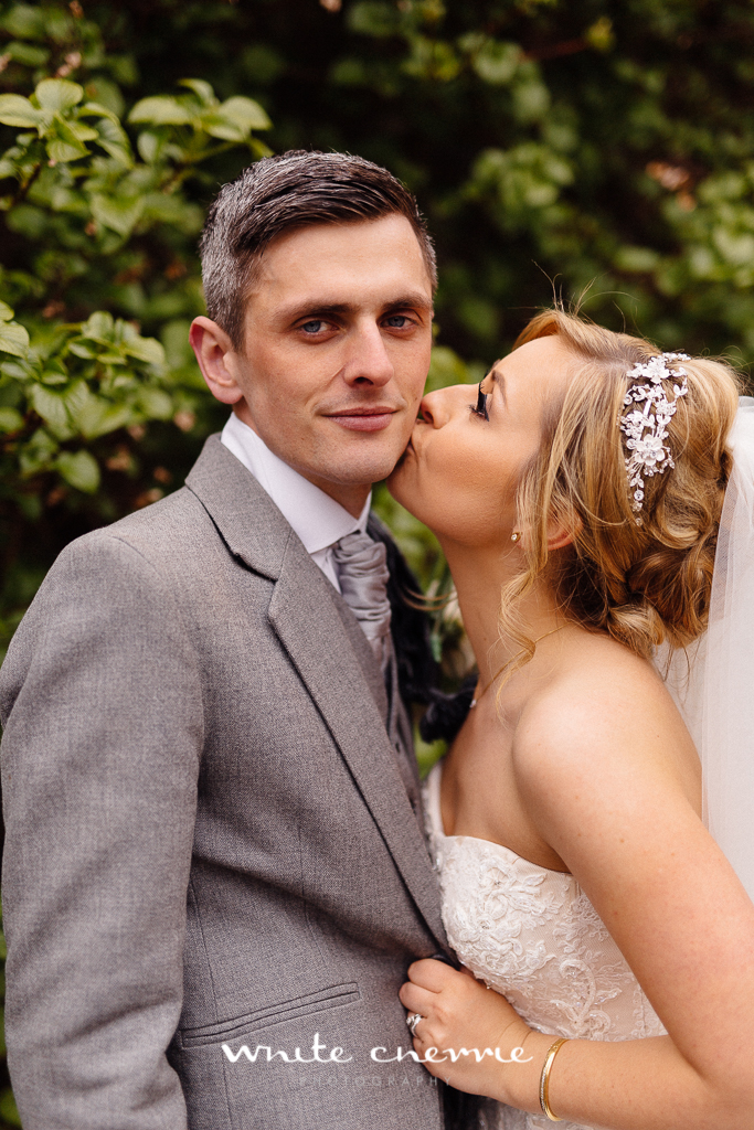 White Cherrie, Edinburgh, Natural, Wedding Photographer, Megan & Davy previews-35.jpg