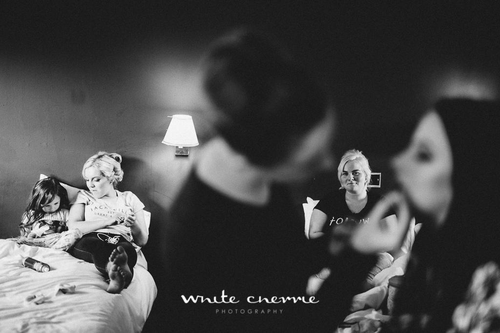 White Cherrie, Edinburgh, Natural, Wedding Photographer, Debbie & Billy previews (10 of 57).jpg