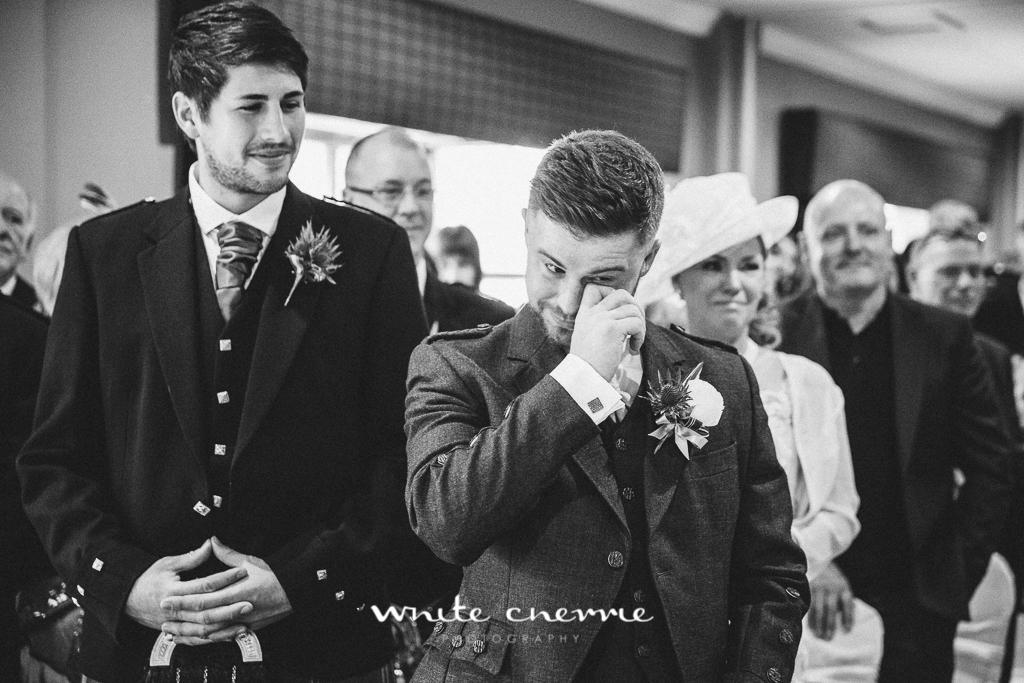 White Cherrie, Edinburgh, Natural, Wedding Photographer, Debbie & Billy previews (33 of 57).jpg