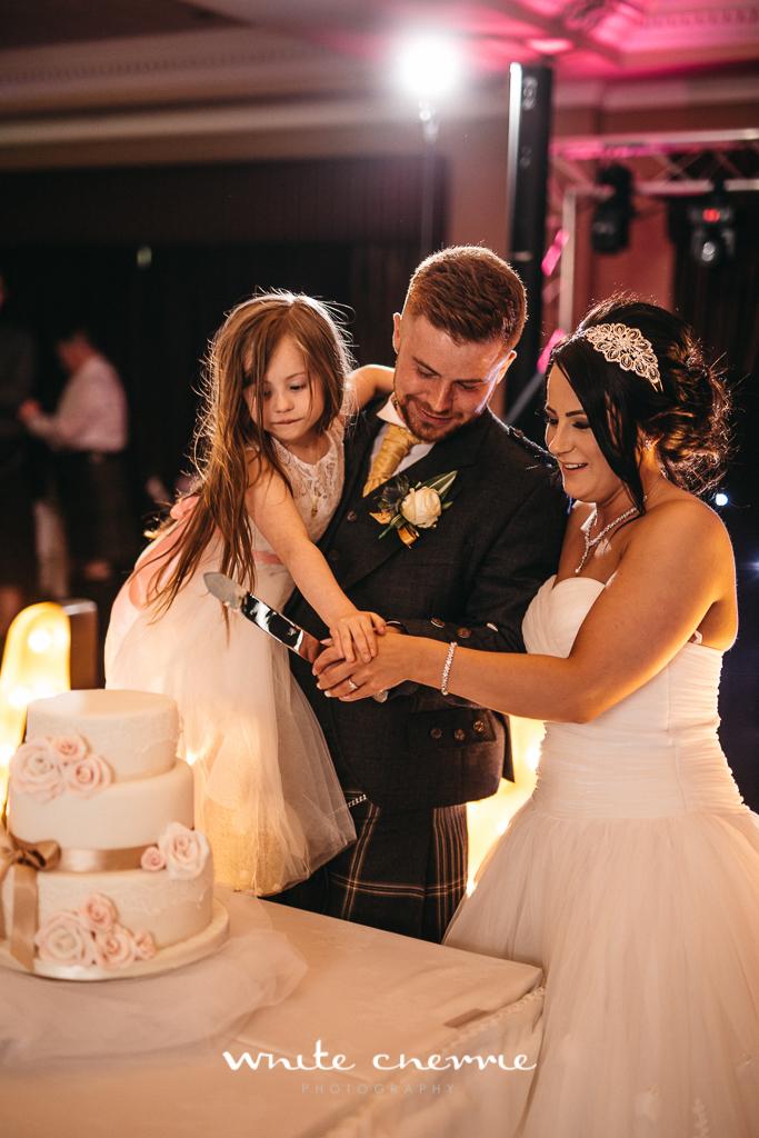 White Cherrie, Edinburgh, Natural, Wedding Photographer, Debbie & Billy previews (49 of 57).jpg