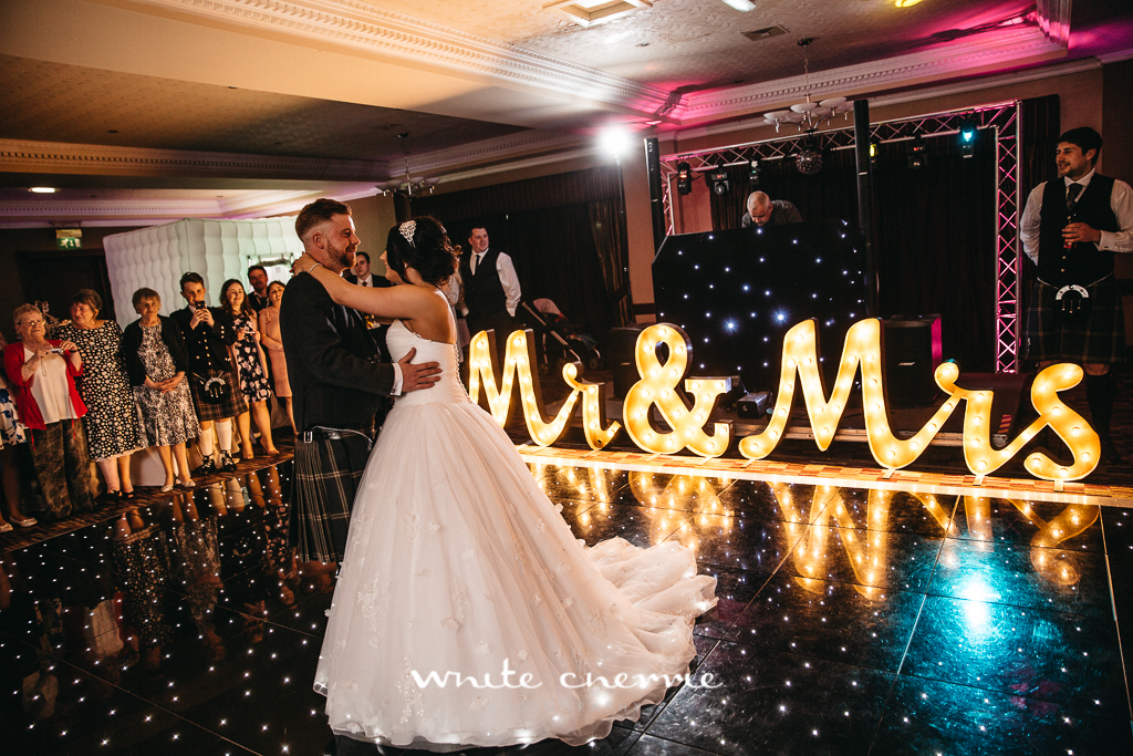 White Cherrie, Edinburgh, Natural, Wedding Photographer, Debbie & Billy previews (51 of 57).jpg