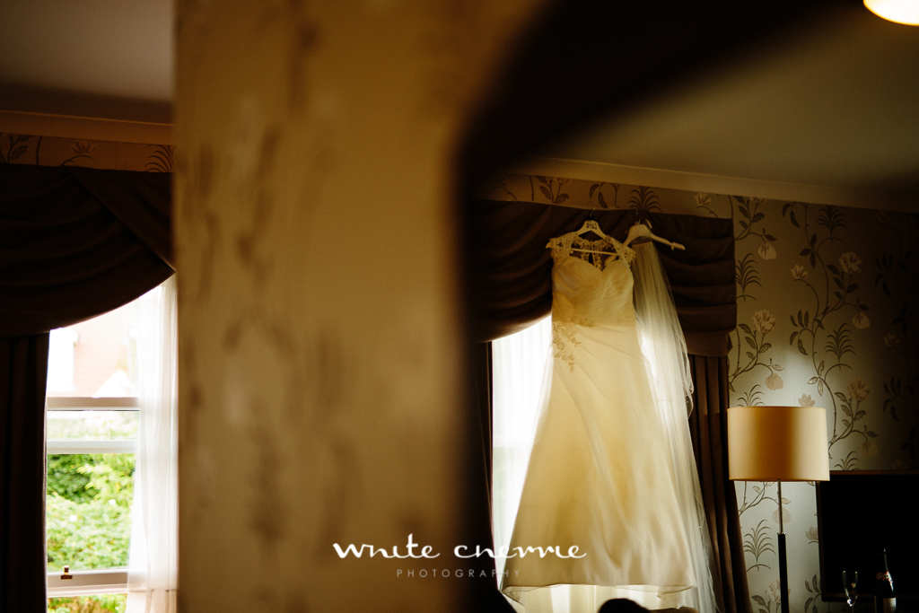 White Cherrie, Edinburgh, Natural, Wedding Photographer, Lara & James previews-21.jpg
