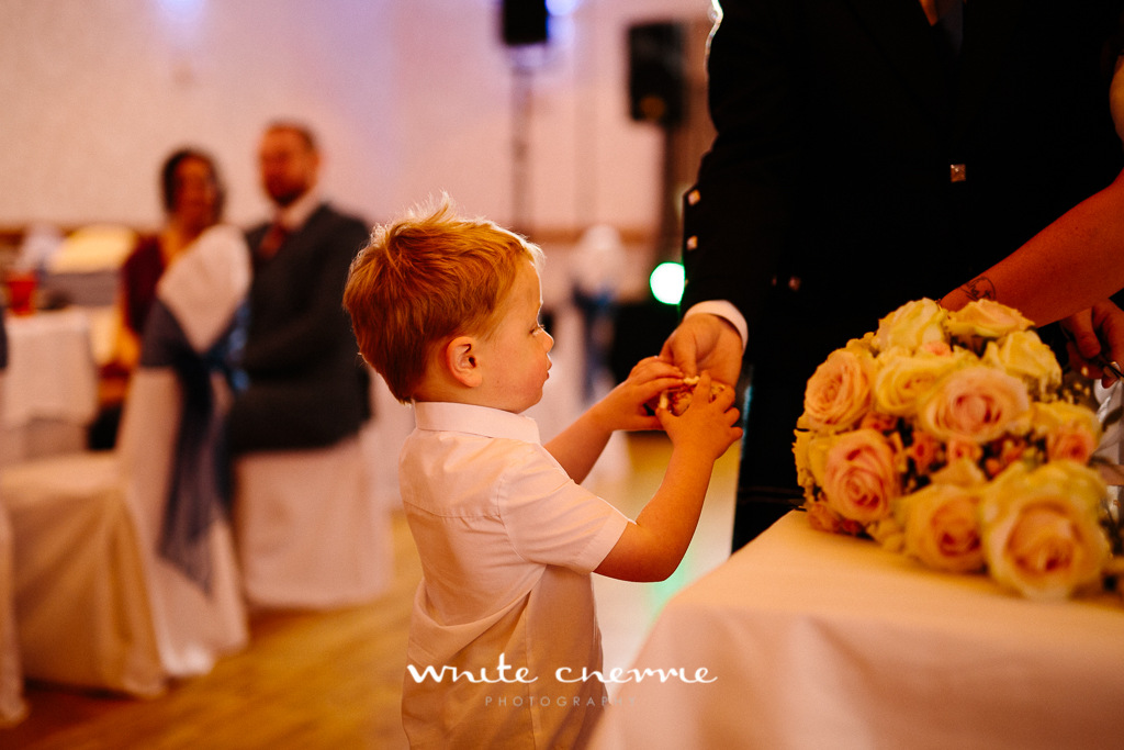 White Cherrie, Edinburgh, Natural, Wedding Photographer, Lara & James previews-66.jpg