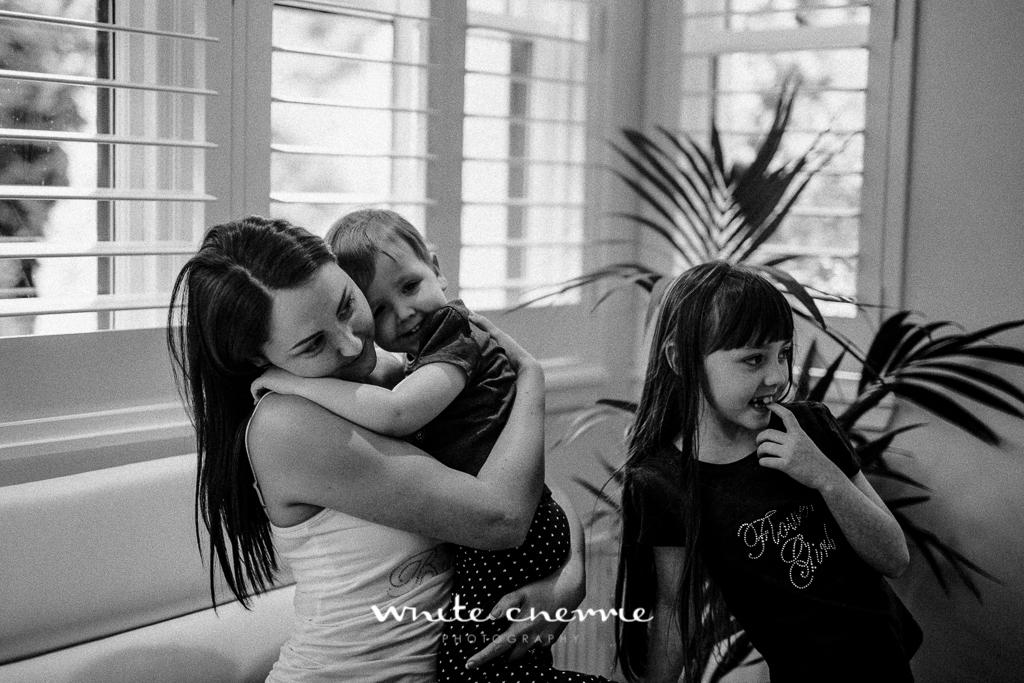 White Cherrie, Edinburgh, Natural, Wedding Photographer, Linsay & Craig previews-8.jpg