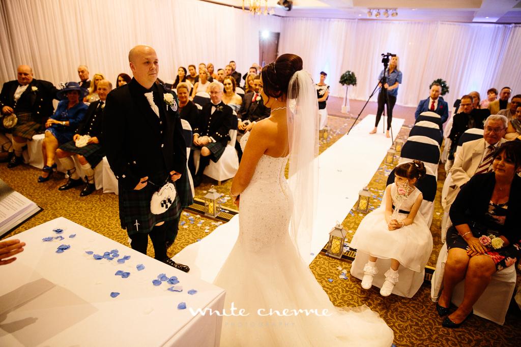 White Cherrie, Edinburgh, Natural, Wedding Photographer, Linsay & Craig previews-23.jpg