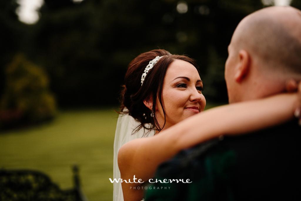 White Cherrie, Edinburgh, Natural, Wedding Photographer, Linsay & Craig previews-46.jpg