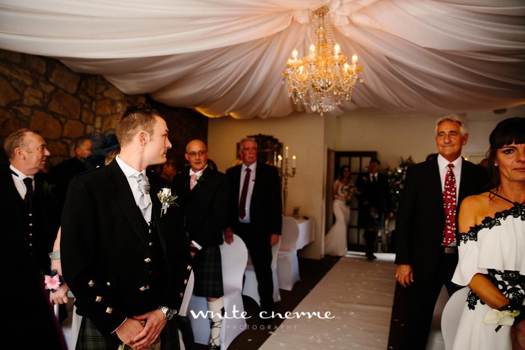 White Cherrie, Edinburgh, Natural, Wedding Photographer, Kayley & Craig previews (20 of 45).jpg