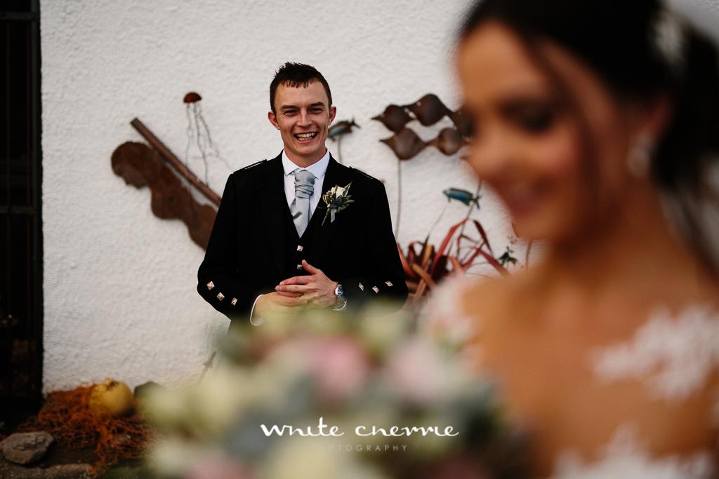 White Cherrie, Edinburgh, Natural, Wedding Photographer, Kayley & Craig previews (32 of 45).jpg