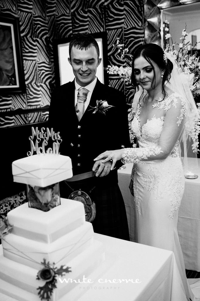 White Cherrie, Edinburgh, Natural, Wedding Photographer, Kayley & Craig previews (34 of 45).jpg