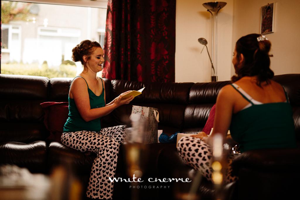 White Cherrie, Edinburgh, Natural, Wedding Photographer, Vicki & Steven previews-8.jpg