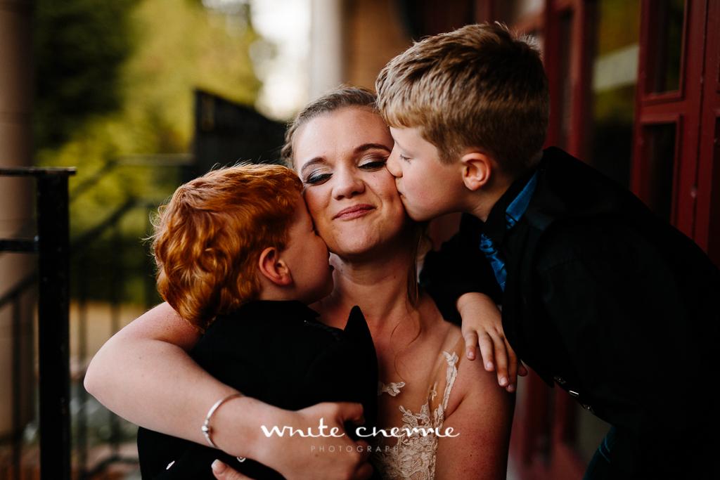 White Cherrie, Edinburgh, Natural, Wedding Photographer, Vicki & Steven previews-41.jpg