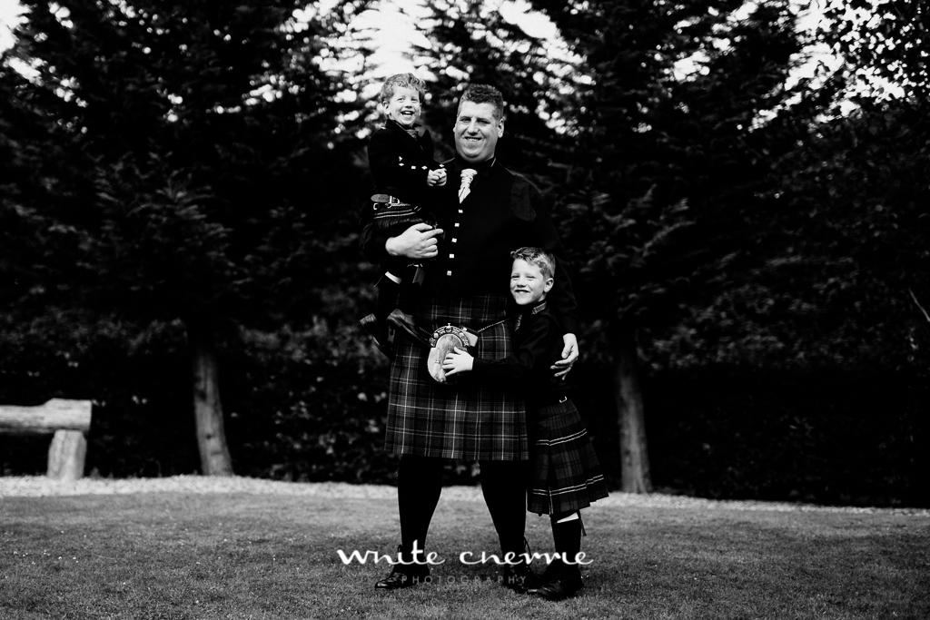 White Cherrie, Edinburgh, Natural, Wedding Photographer, Vicki & Steven previews-43.jpg