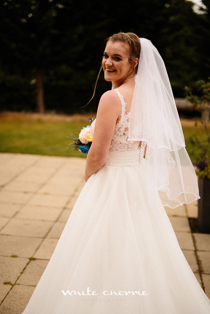 White Cherrie, Edinburgh, Natural, Wedding Photographer, Vicki & Steven previews-31.jpg