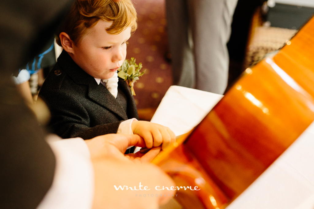 White Cherrie, Edinburgh, Natural, Wedding Photographer, Rebekah & Andrew-25.jpg