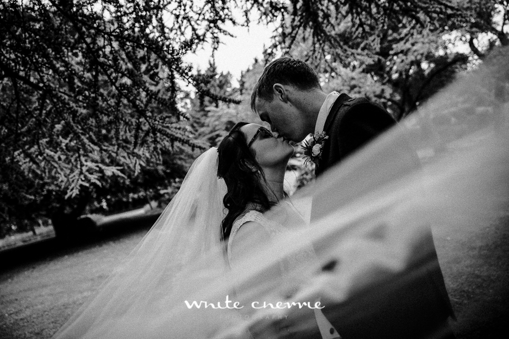 White Cherrie, Edinburgh, Natural, Wedding Photographer, Rebekah & Andrew-39.jpg