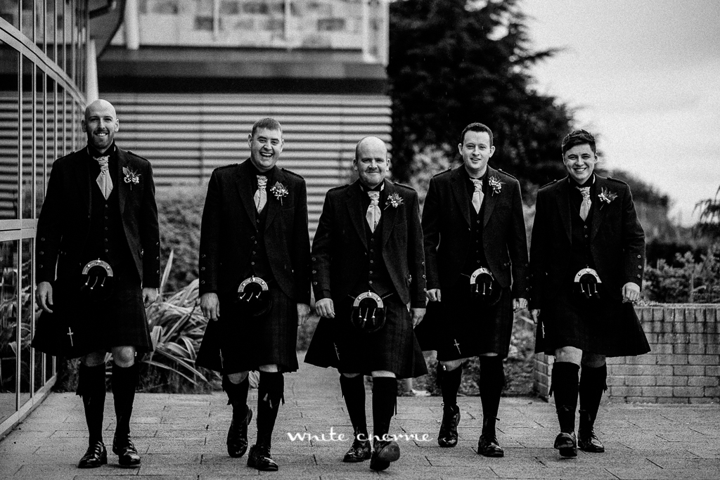 White Cherrie, Edinburgh, Natural, Wedding Photographer, Amy & Garry previews-19.jpg