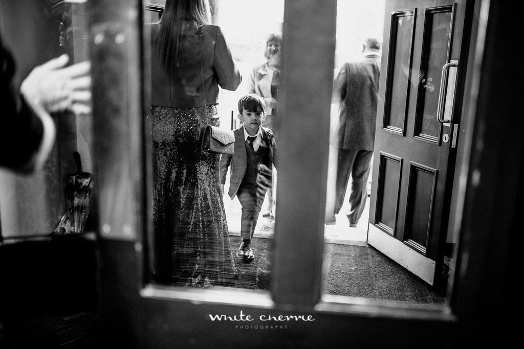White Cherrie - Hannah & Scott previews-27.jpg