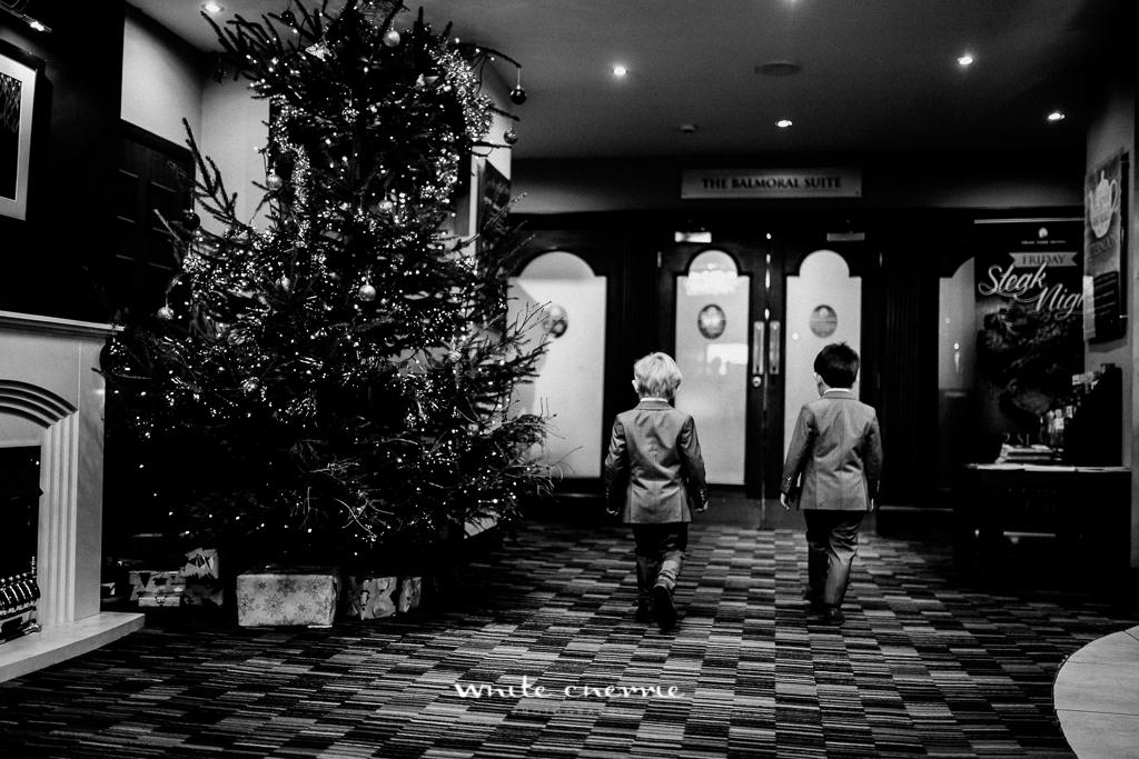 White Cherrie - Hannah & Scott previews-30.jpg