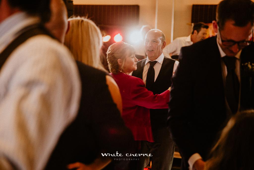 White Cherrie - Hannah & Scott previews-68.jpg