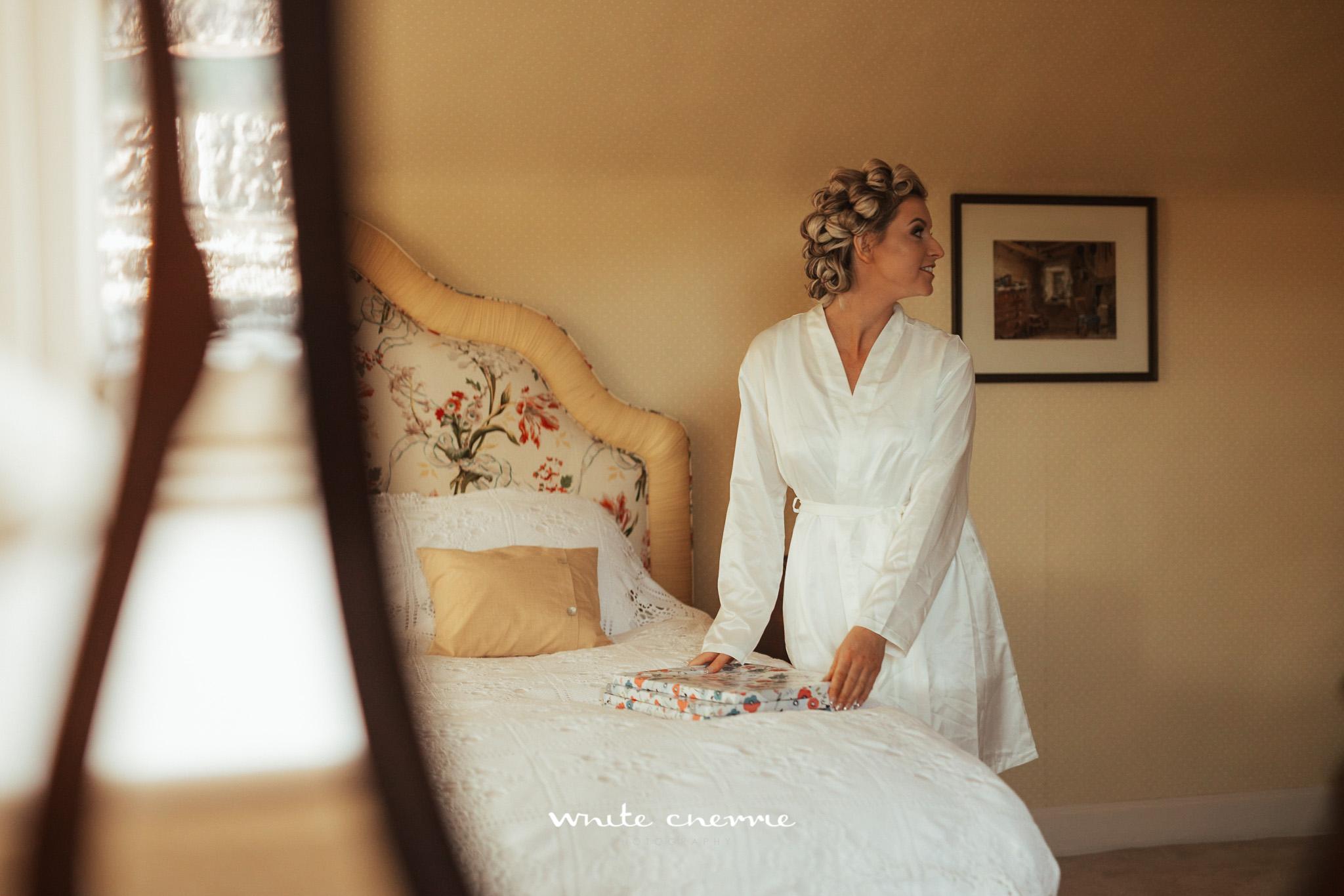 White_Cherrie-Stacy_Gordon_prev-32.jpg