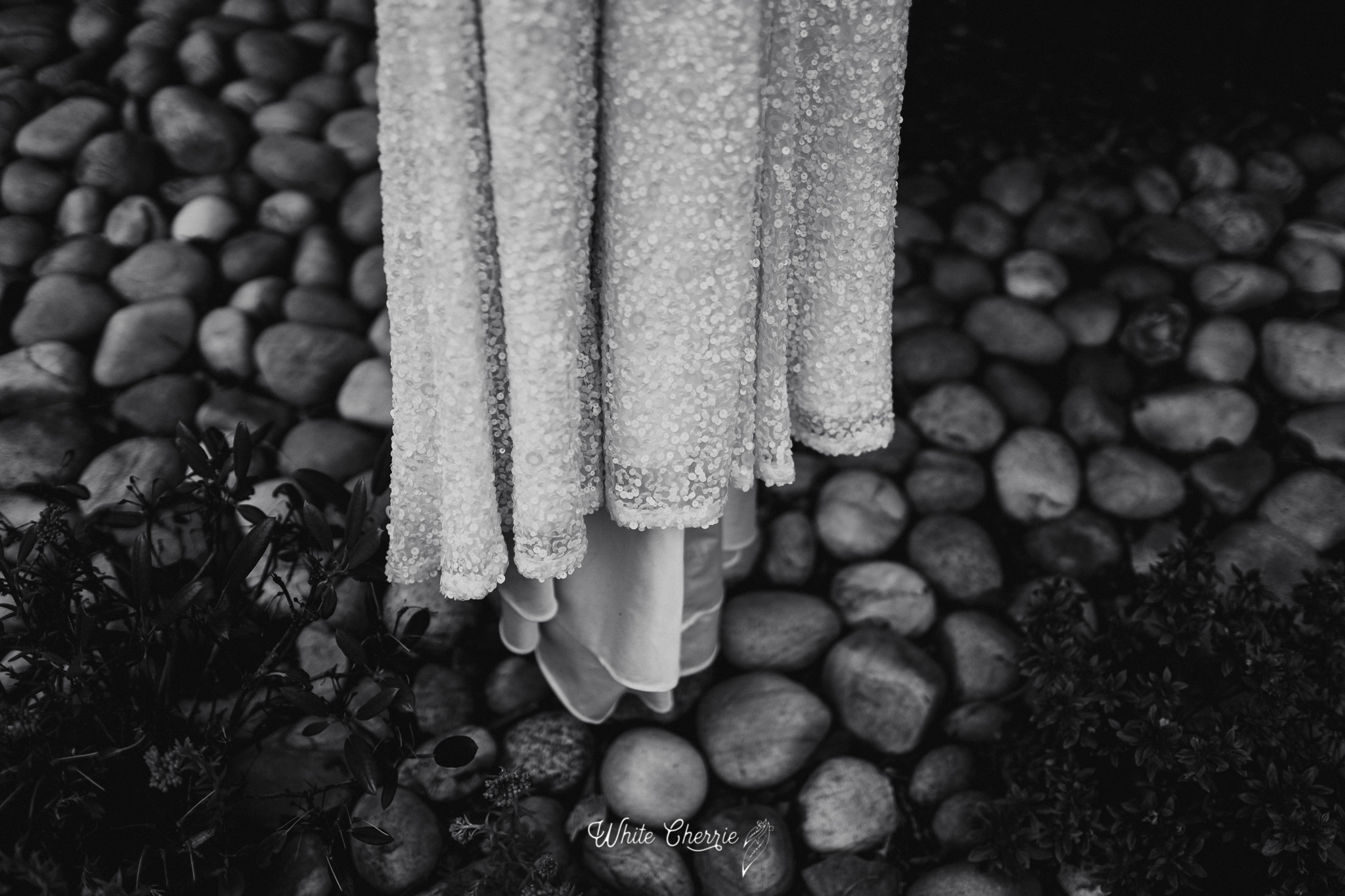 White_Cherrie-Caroline_Philip_prev-9.jpg