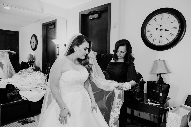 texasweddings-chapelinthewoods-AugustaPines-stephanieandkevin-giuseppettiwedding-brideandgroom-weddingdress-houstontx-houstonweddings-34.jpg