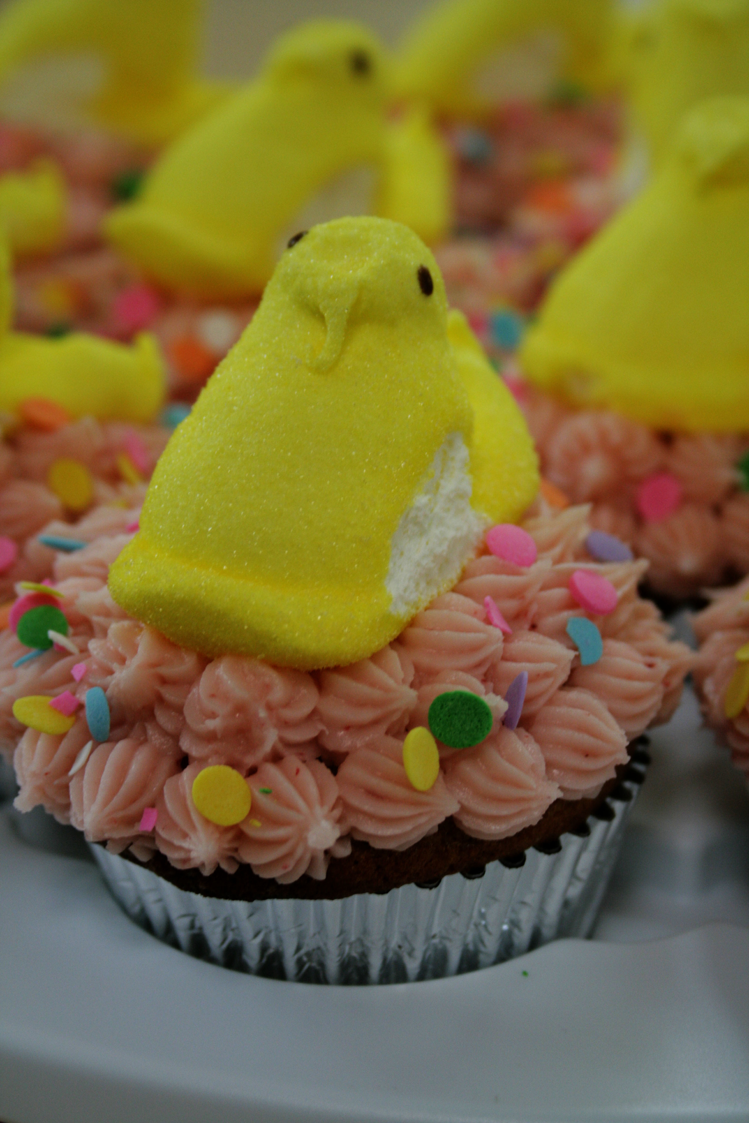 peep cupcakes_side view