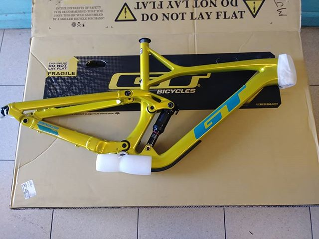 #thebikelery is open until 6pm today! #gtbicycles 2019 GT Sensor Pro Carbon 29r $1899.99 #gtcoalition
