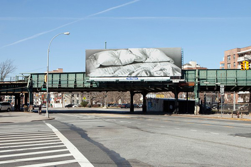 Felix Gonzalez-Torres, Untitled, 1991. Installation view at Neptune Avenue and Guider Avenue, Brooklyn.