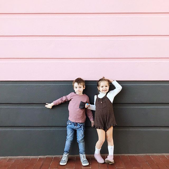 This wall matched Sam's shirt perfectly and the only time Judeth seems to want to take a picture lately is if I'm taking one of Samuel 👫 I hope they stay best friends forever. #minicieris