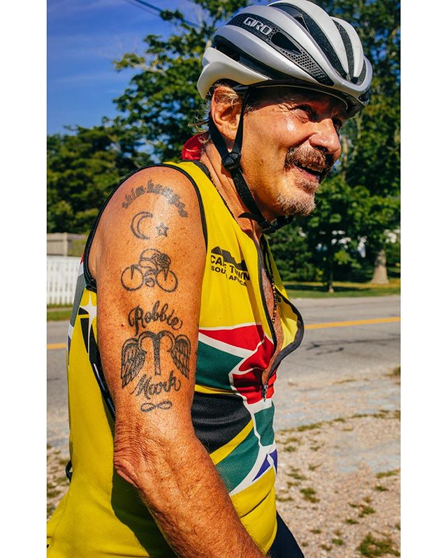 My uncle Stephen complete in his kit with all the post ride exhaustion feels.  Steve is the subject of the multigenerational story told by @robert_cocuzzo in his book #RoadtoSanDonato which follows father and son on a 425mile Italian bike journey to the small mountain village of their family's origin. Check it out @mtnbooks