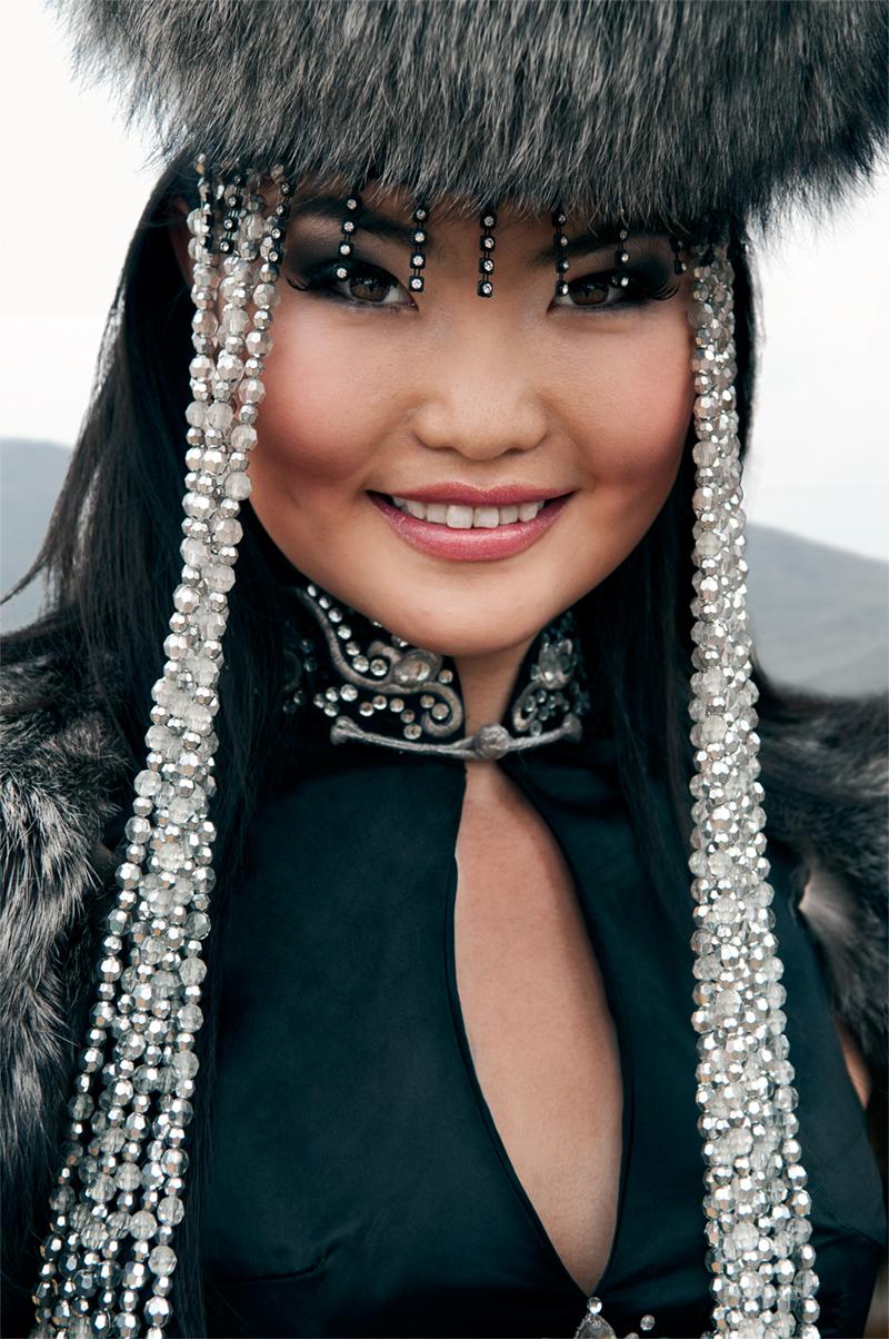 Mongolia_Woman.jpg