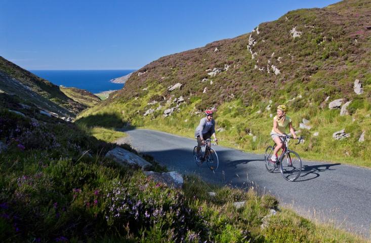 Cycling-Mamore-Gap (Small).jpg