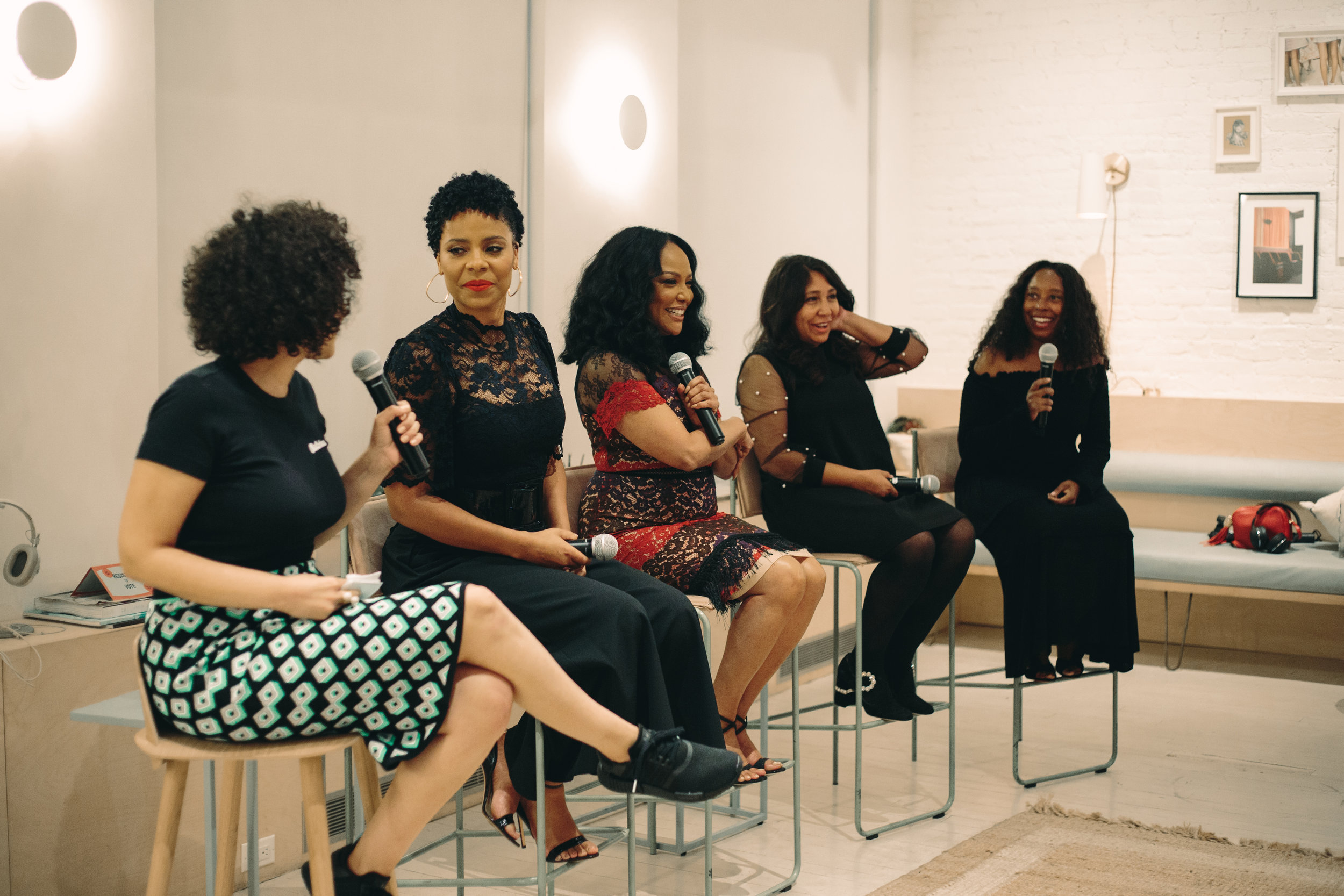 Panel discussion with cast & crew at CRWN's advanced screening in NYC, September 17th. Left to right: Lindsey Day, Sanaa Lathan, Lynn Whitfield, Haifaa al-Mansour, Tracey Bing.  Photography:  Goblin .