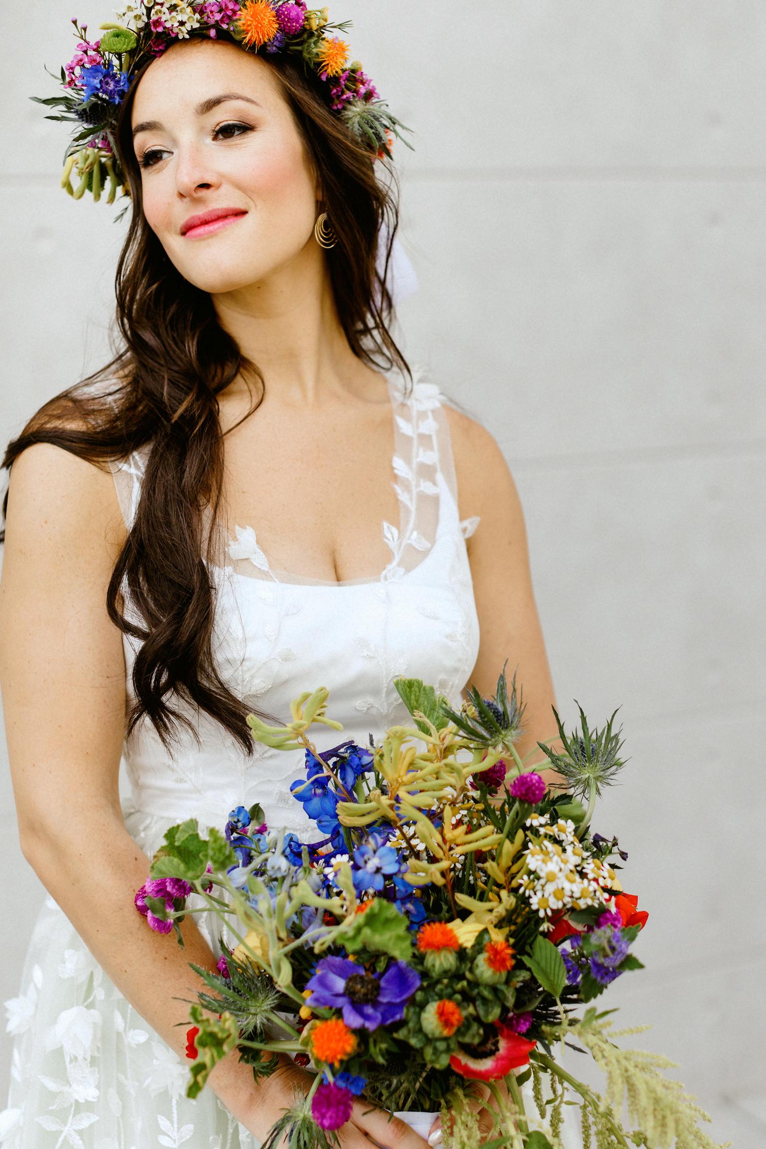 Bride_Flower_Crown_Summer_01_foundry_lic_long_island_city_wedding_summer_ivy_portraits_1500.jpg