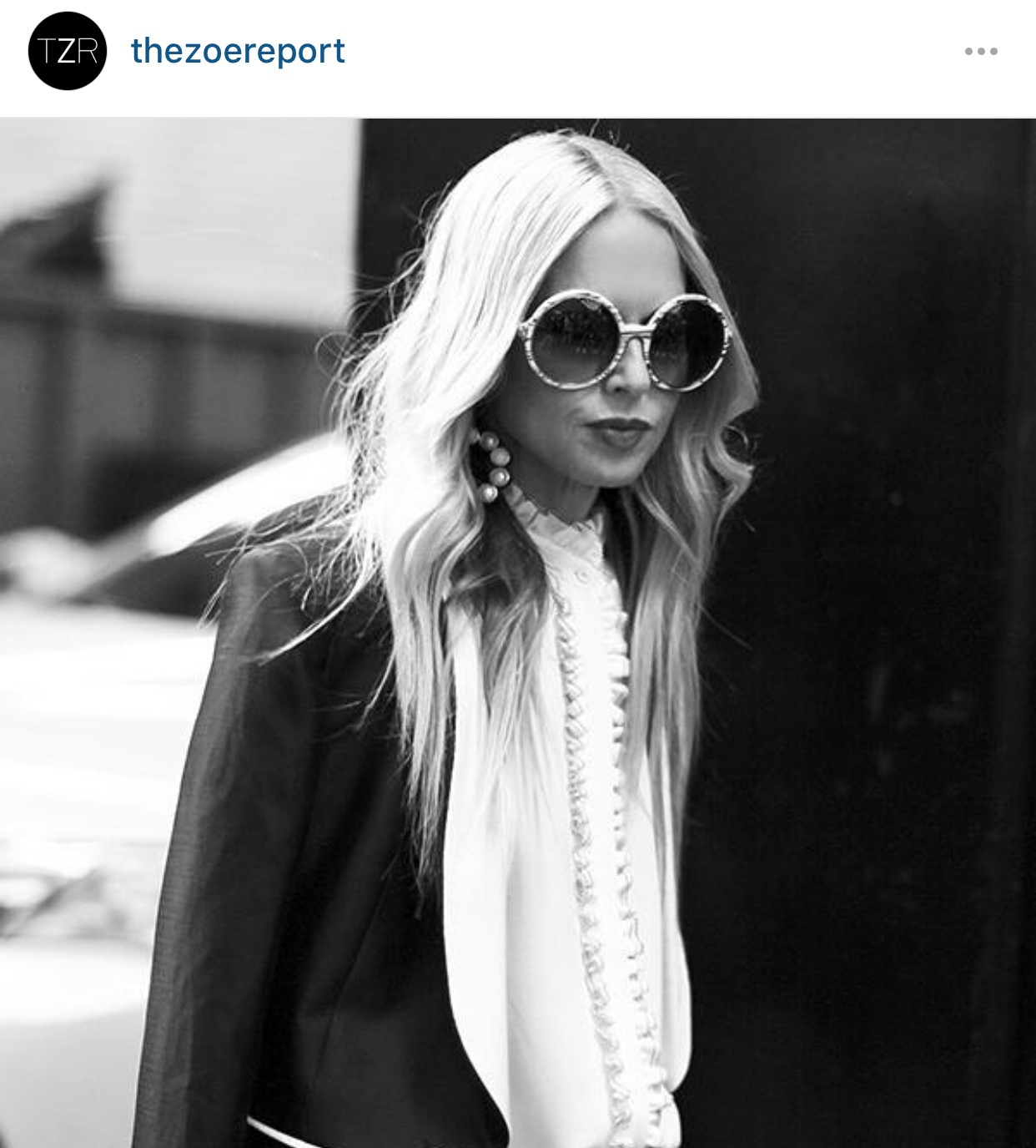 Glam fashion icon Rachel Zoe rocking the beachy waves with straight ends.