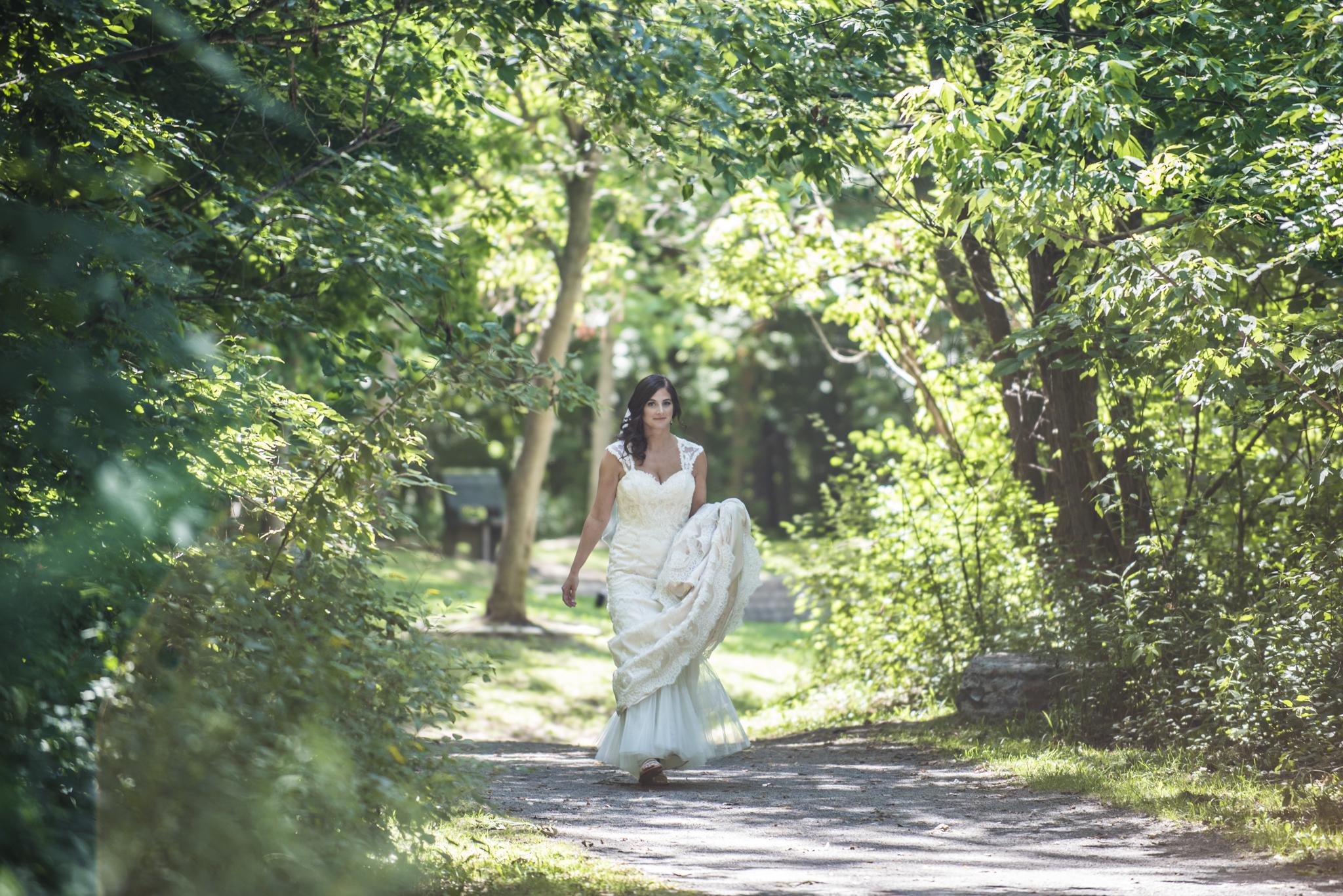 HeatherMike-Wedding-Online-FirstLook-4.jpg