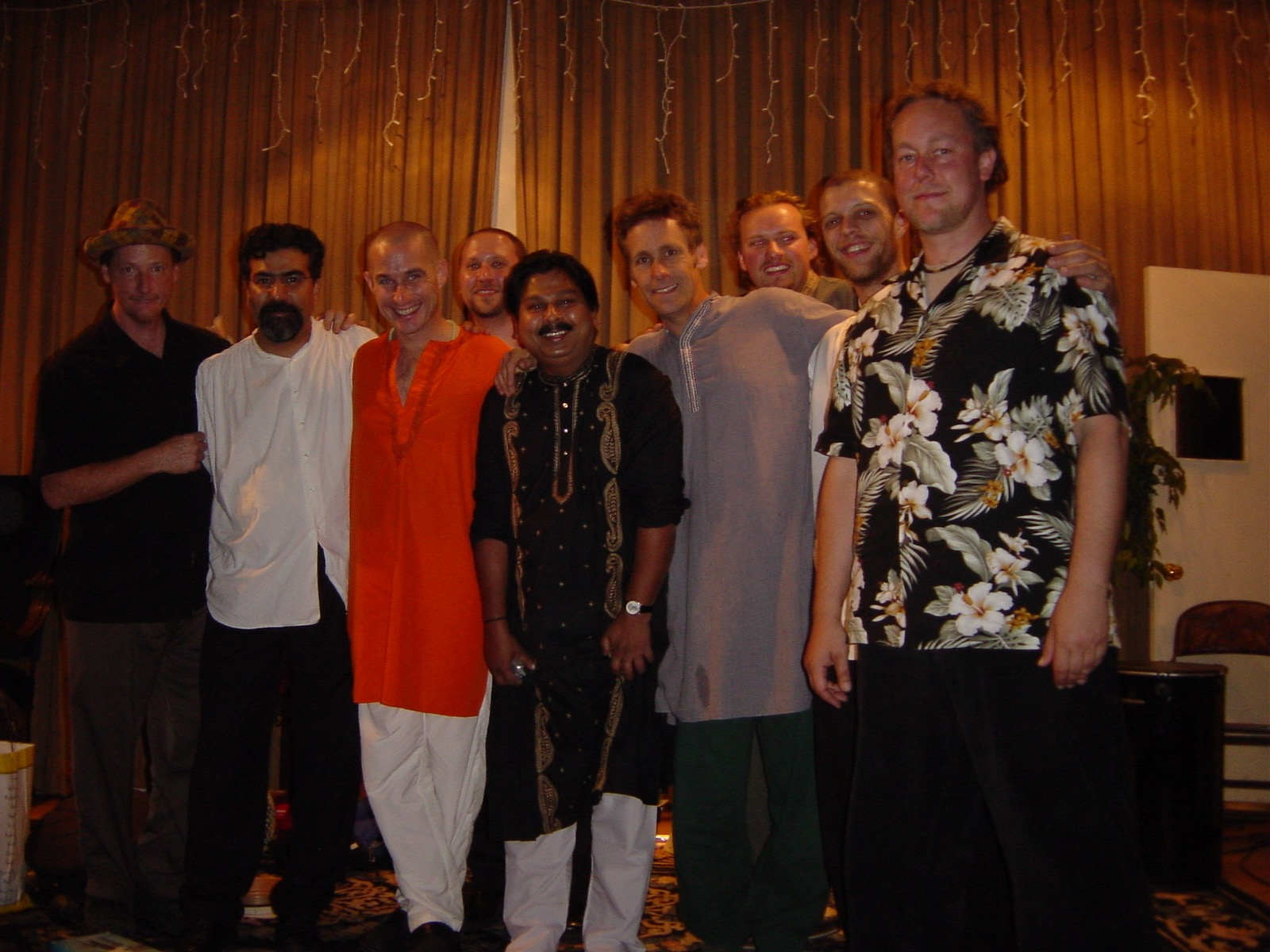 Hands On'Semble and Tabla Rasa.  Philosophical Research Society, Los Angeles CA. 2004.  (L-R: Brad Dutz, Houman Pourmehdi, Jim Owen, Randy Gloss, Uttam Chakrabarthy, Tim Whitter, Evan Fraser, Andrew Grueschow, Austin Wrinkle).