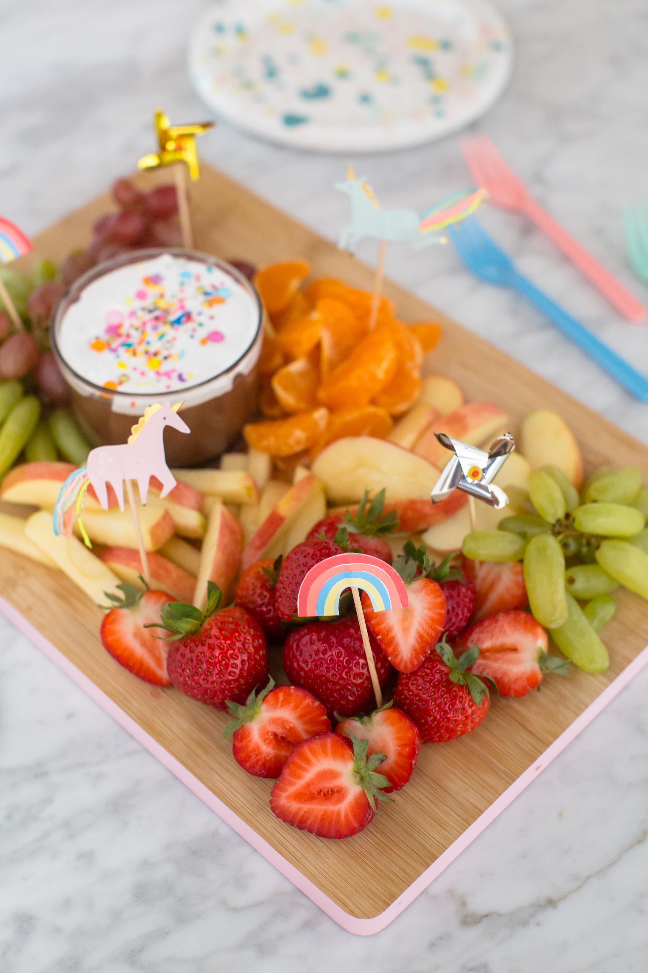 2018_09_04_After-School-Snack-Fruit-Board-8.jpg