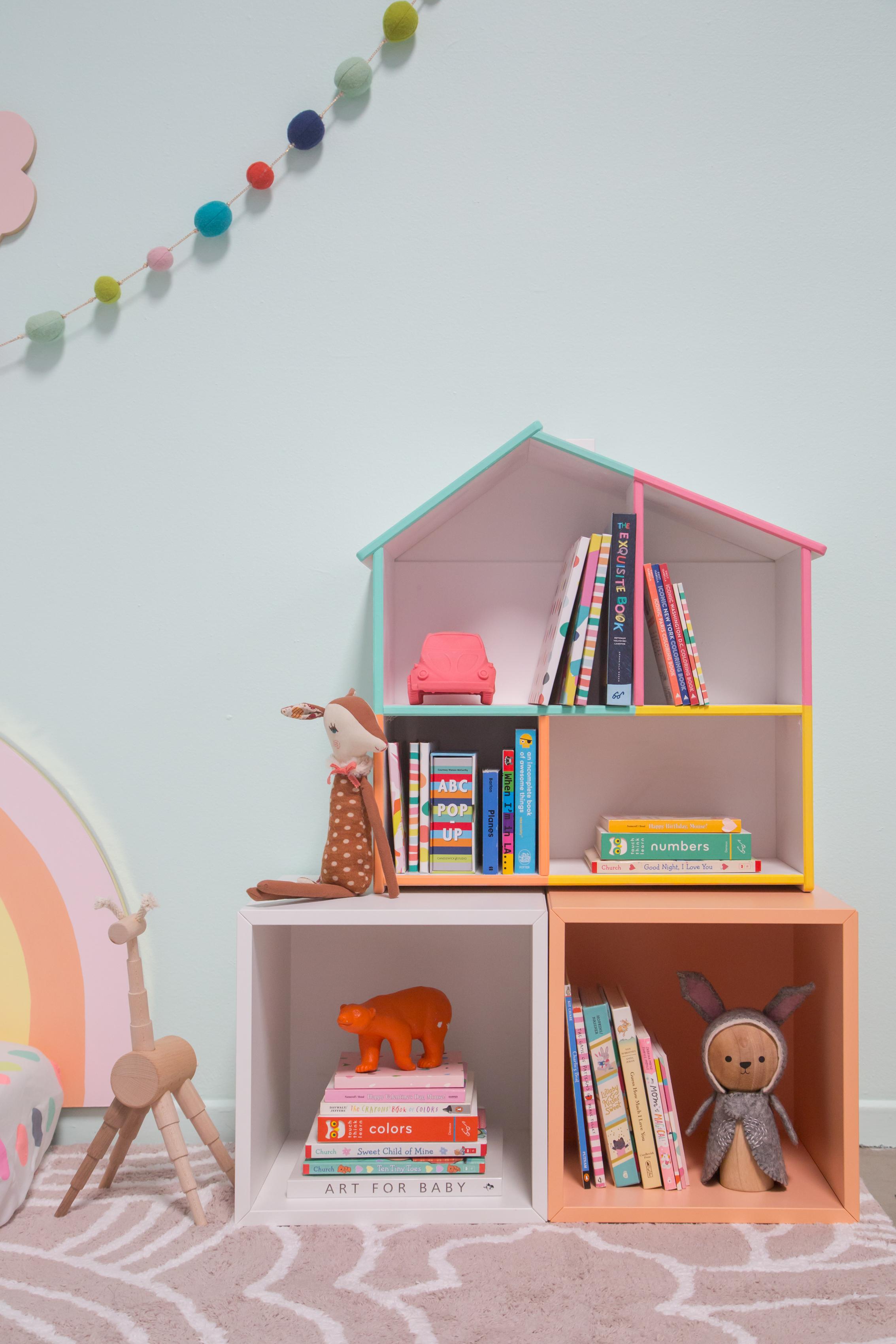 2018_08_10_Rainbow-Bedroom-17.jpg